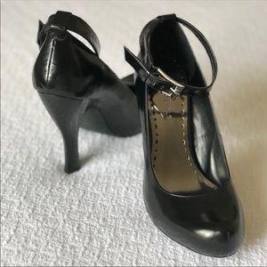 BCBG Black Lornas Heels